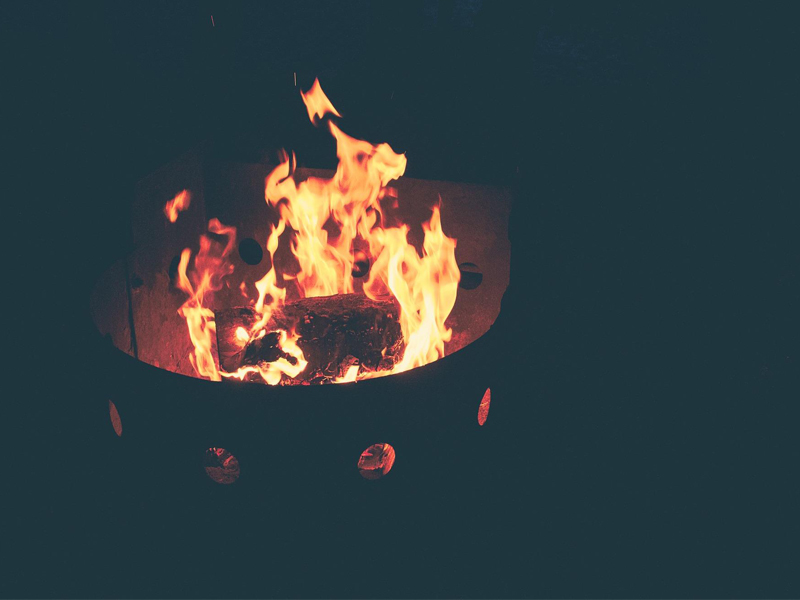 OUTDOOR FIRE PIT SAFETY TIPS